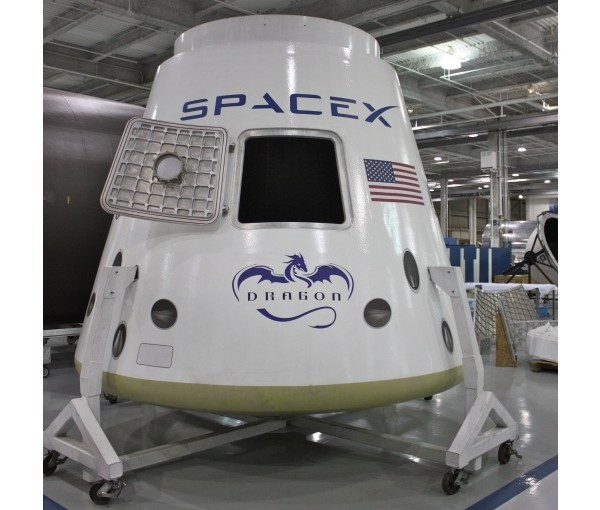 SpaceX, Dragon, МКС