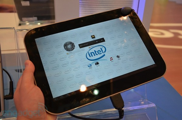 Intel, Oak Trail, Android, Google, Gingerbread, Honeycomb, Foxconn, COMPUTEX, Atom