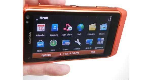 Nokia N8 в картинках