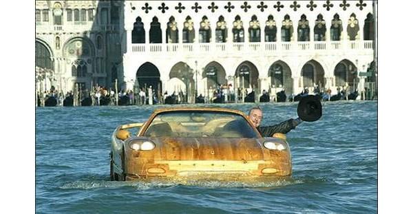 Wood Car Water : Цельнодеревянная жизнь Фото cyberstyle
