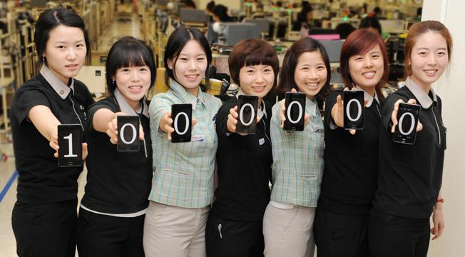 Galaxy S II стал самым быстро продаваемым устройством за историю Samsung